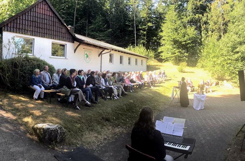 Gottesdienst am Schützenhaus