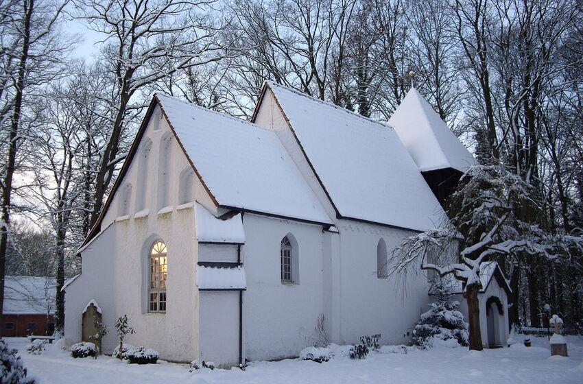 St.Georg-Kirche im Winter