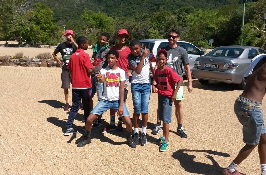 Start für den Tafelbergaufstieg der Fußballkids mit Joshua