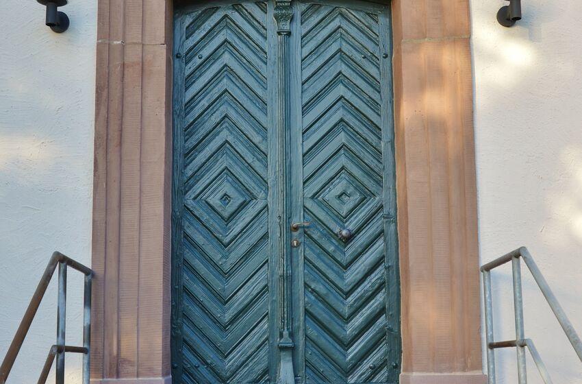Tür 8 Nienstedt