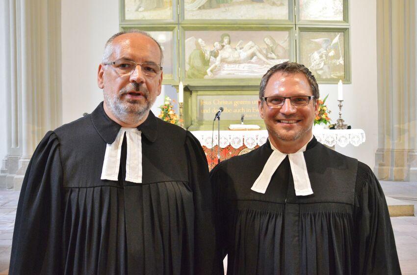 Die Pastoren Helmut Fiedler-Gruhn und André Dittmann