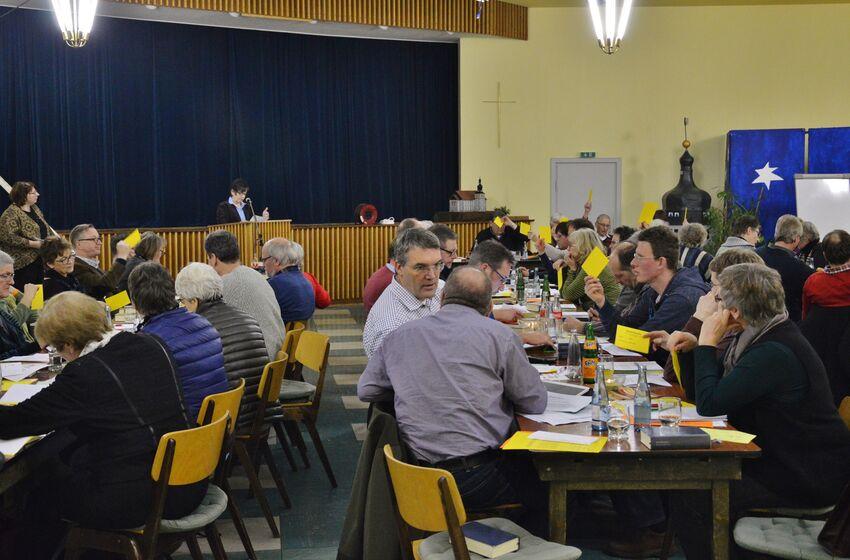 Viele nicht ganz einfache Entscheidungen standen bei der Kirchenkreistagssitzung an