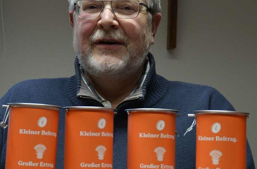 Pastor Eckhard Lukow hofft auf viele Spenden für Brot für die Welt (Foto: Schwier)