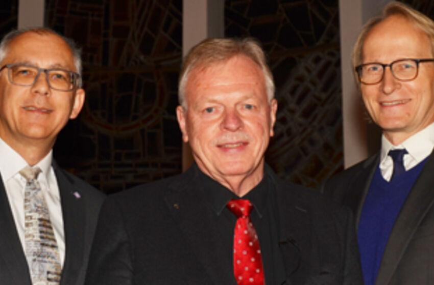 Superintendent Christian Berndt, Pastor i.R. Wilfried Manneke, Propst Dr. Ulrich Lincoln (Foto: F. Josuweit)