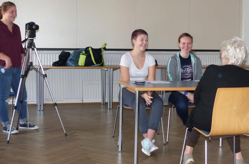 Schülerinterviews Frauenrollen