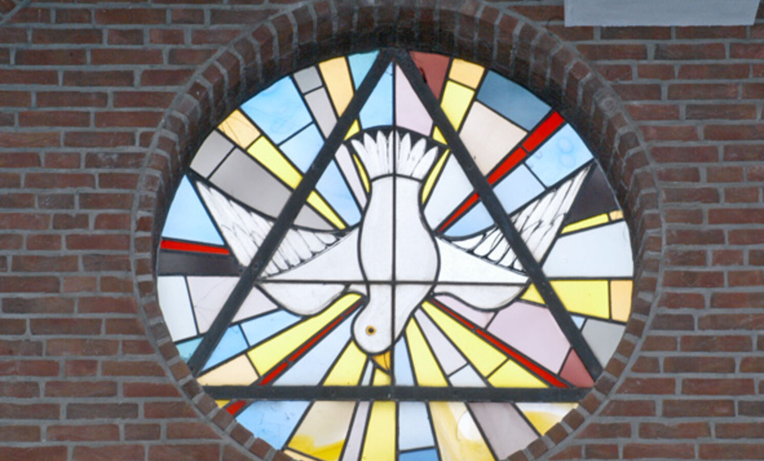 Kirchenfenster Taube