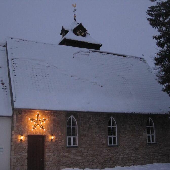 Kirche Hillerse Winter webo