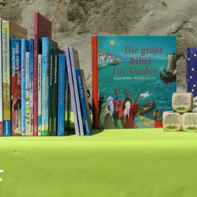 Bücher-Kinder-neu022016