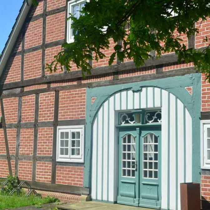 Teaser_Gemeindehaus_Eingang