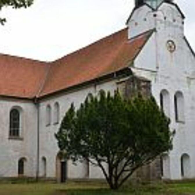 Klosterkirche_das_aeussere