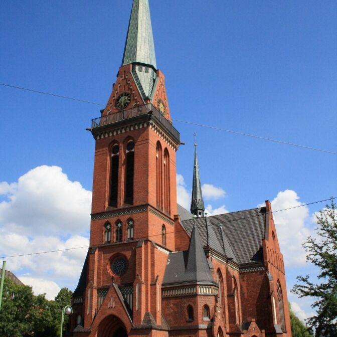 Pauluskirche Bremerhaven-Foto Marion Meyer (667x1000)
