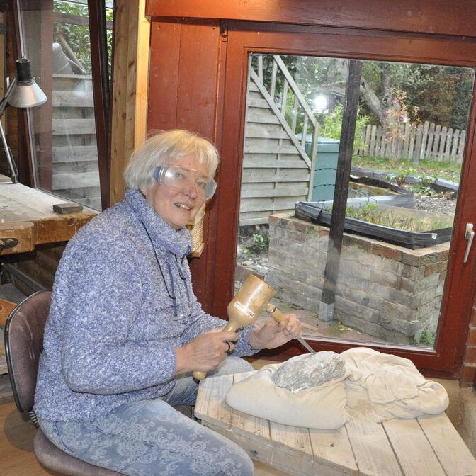 Karin Rosenbaum in ihrem Atelier