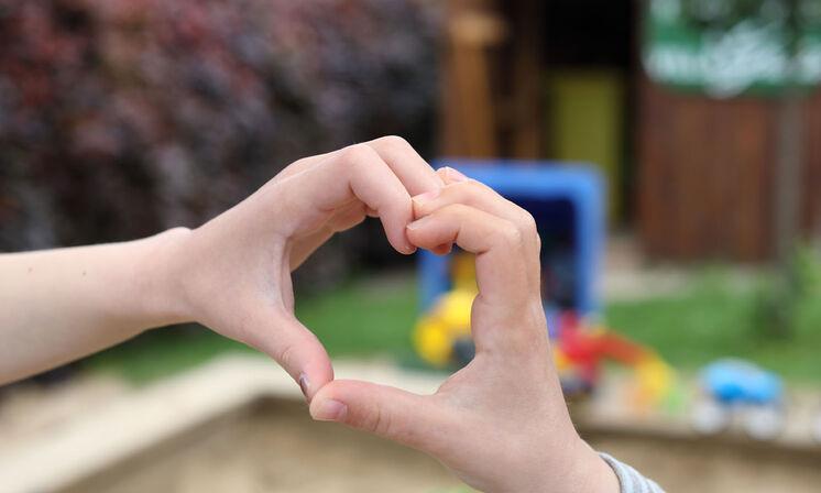 Hand-zu-Herz